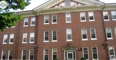 Swastika hung on dorm door of Jewish student at Tufts